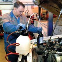 Scule si echipamente pentru service auto
